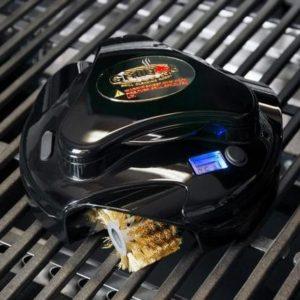 Svart Grillbot på grillgaller